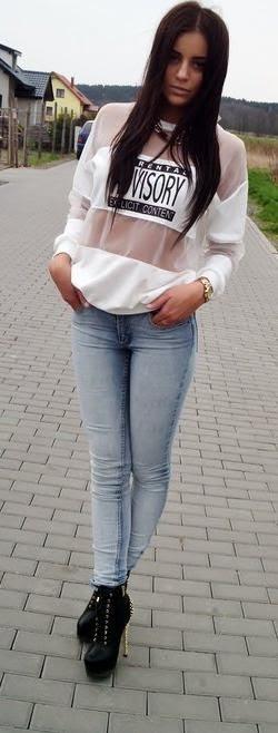 Favorite white blouse by Vejra's Blogspot