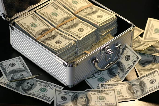 How To Become Rich And Wealthy