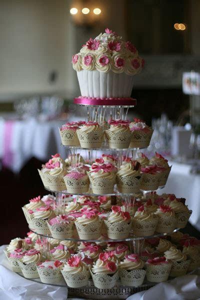 Wedding Cupcakes   Sprinkles and Swirls   Cupcakes Kent