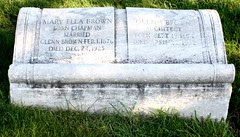 Glenn Brown and Mary Ella Chapman Brown Gravestone (Jay Kelly)