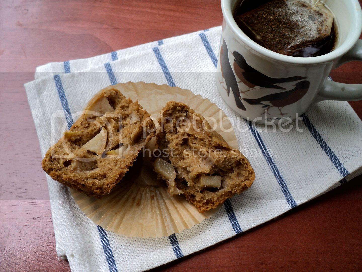 leaves and flours vegan apple speculoos muffins