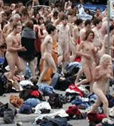 Naked fun runs: Must stay at least 100 yards away from