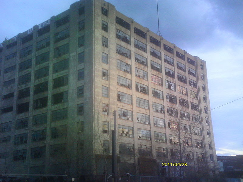 File:Boblo Island Boat Dock Building Detroit 3.JPG