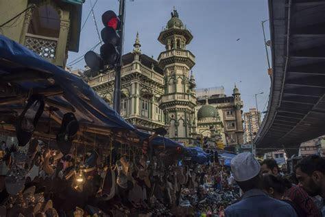 16 Shopping Markets in Mumbai, Best Shopping Places in Mumbai