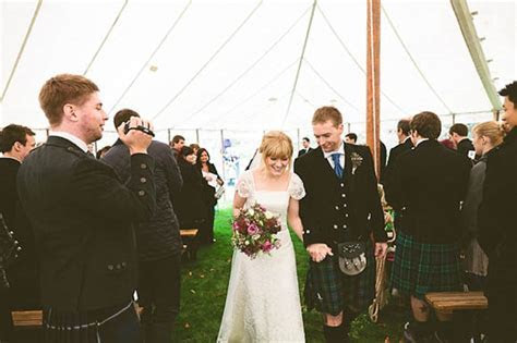 A Pretty Pre Loved Wedding Dress for a Relaxed and Rustic