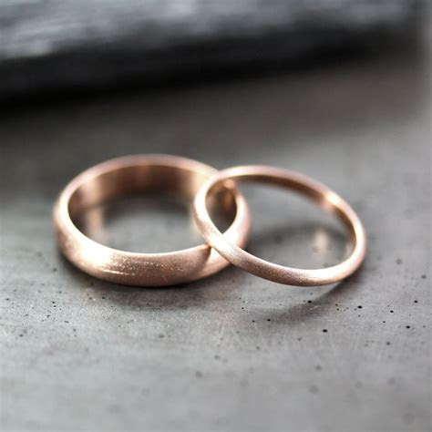 28 Unique Matching Wedding Bands   His & Hers Styles