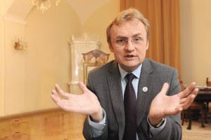 Андрей Садовый не будет разбирать львовский стадион