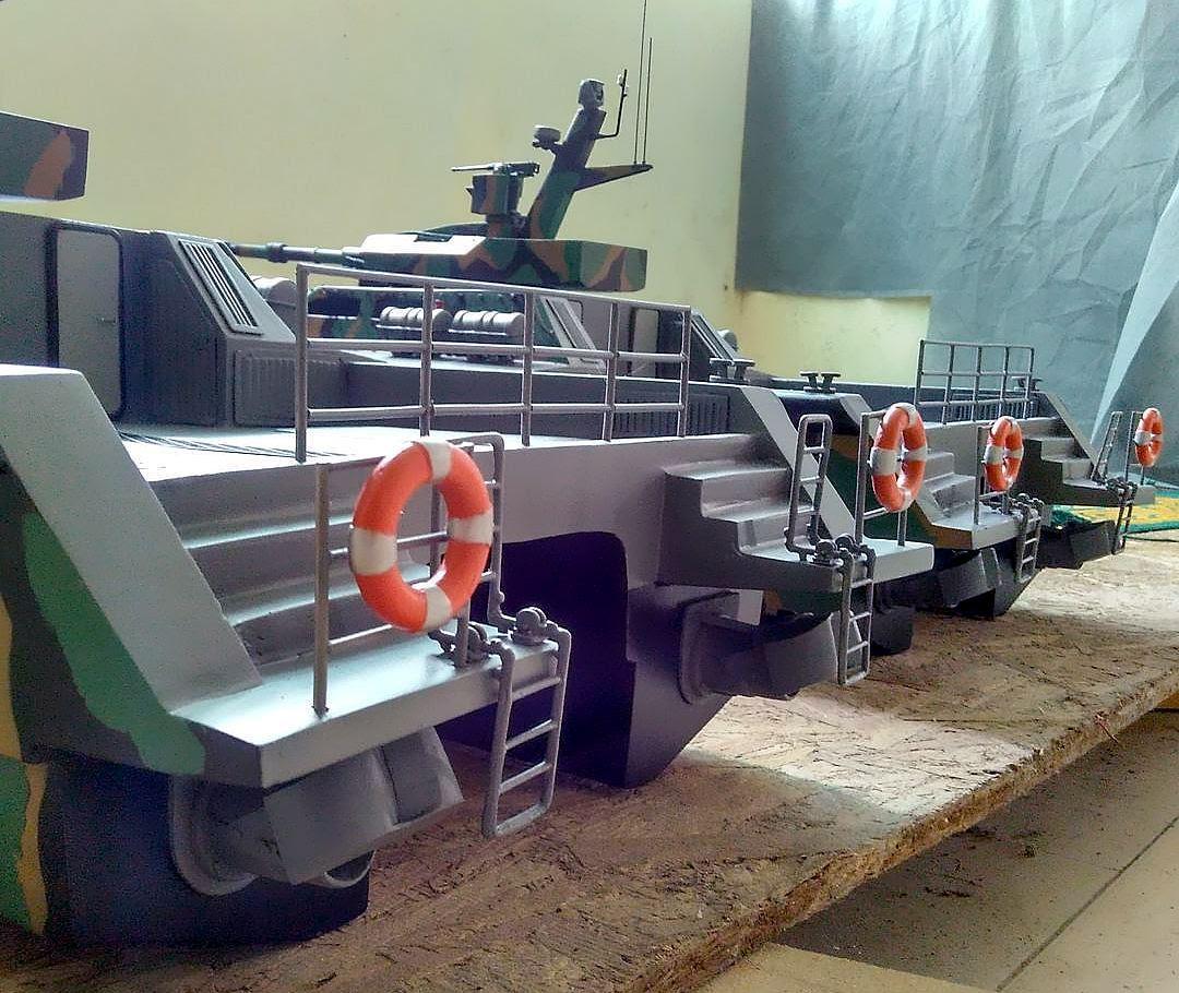 tank-boat.jpg