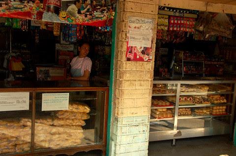 Pasuquin bakery