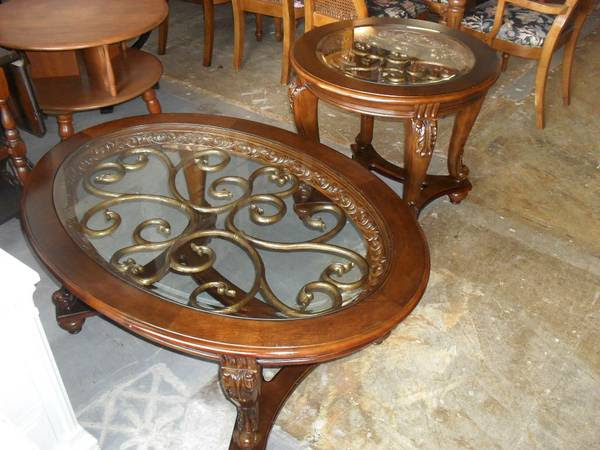 Marion Coffee Table With Nesting Stools Ashley Furniture Homestore
