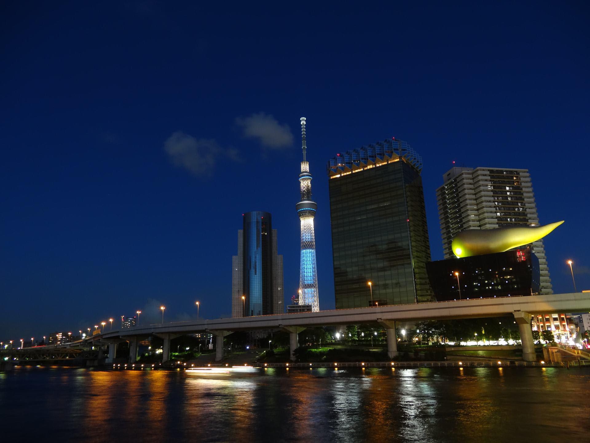 東京スカイツリー In Night 上総の写真 クリックすると壁紙サイズの