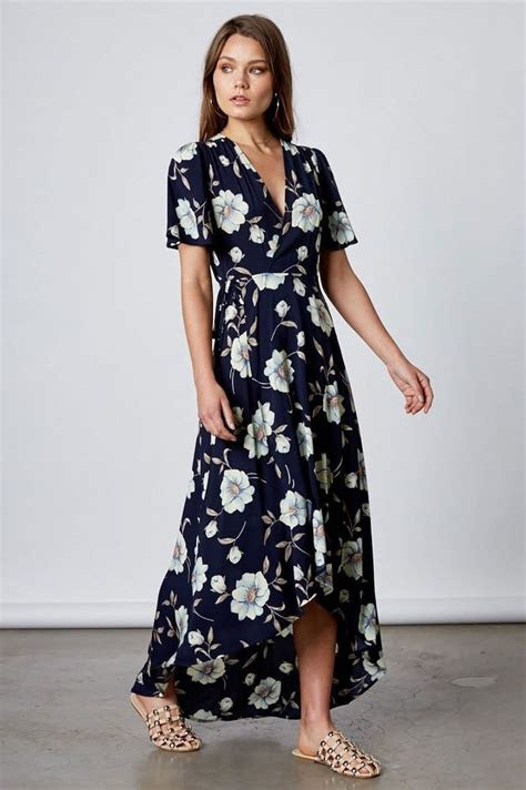 Women's short flutter sleeve navy floral print long wrap