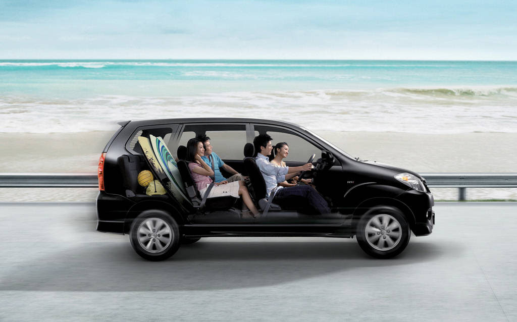 Toyota Avanza Wallpaper 2011 - Now In Pakistan - XciteFun.net