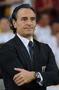 Cesare Prandelli Euro 2012 vs England.jpg