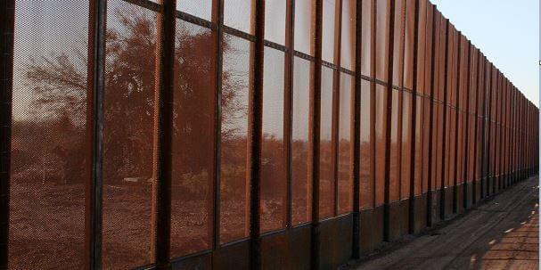 Fence32