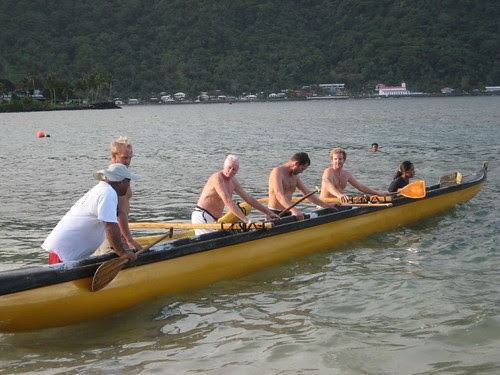 'Southern Star' gets a paddling lesson AmSam