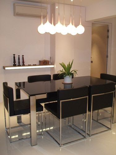 The Dining Set with Extendable Table