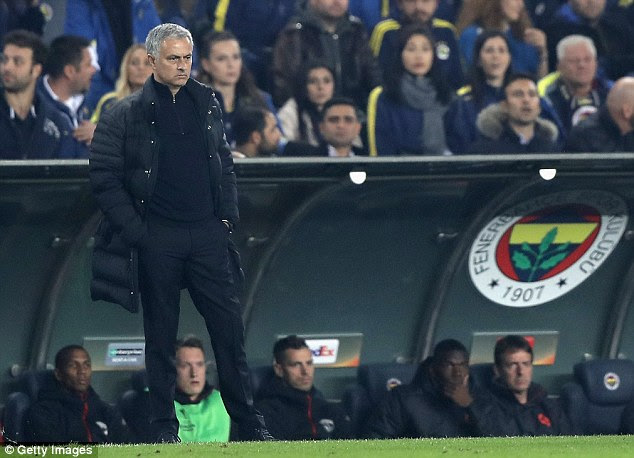 Mourinho pulled no punches , saying his side looked like they were playing a 'summer friendly'