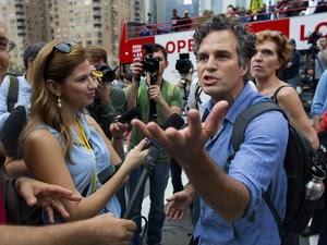 O ator ativista Mark Ruffalo participa da Marcha Popular pelo Clima em Nova York (Foto: Craig Ruttle/AP)