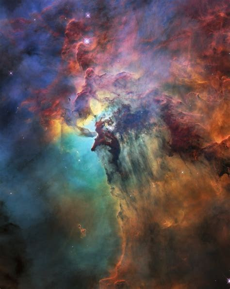 Lagoon Nebula Dazzles in Hubble Telescope's 28th Birthday