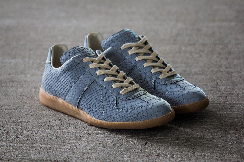 505-maison-martin-margiela-2013-fall-winter-grey-reflective-replica-sneaker-2