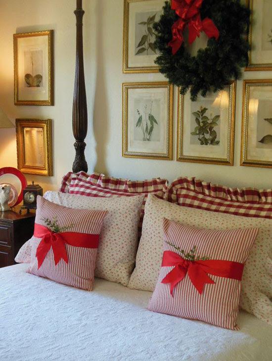 35 Mesmerizing Christmas Bedroom Decorating Ideas - All ...