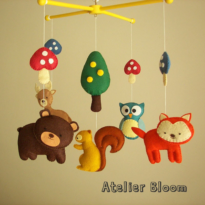 """Baby crib mobile, forest mobile, animal mobile  """"Forest friends"""" - Fox, Squirrel, Owl, Bear, Raindeer"""