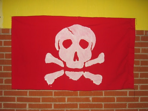 an unusual Jolly Roger.