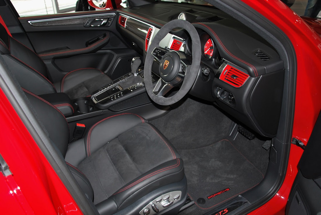 Porsche Macan Gts Interior 2 Malaysia 2016 Autoworldcommy
