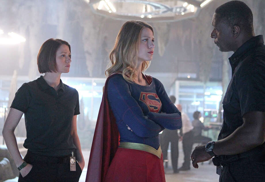 "Melissa Benoist plays the title role in the new CBS series ""Supergirl"" alongside Chyler Leigh, as her older foster sister, Alex, and David Harewood. Photo: Sonja Flemming / Sonja Flemming / CBS / ©2015 CBS Broadcasting, Inc. All Rights Reserved"