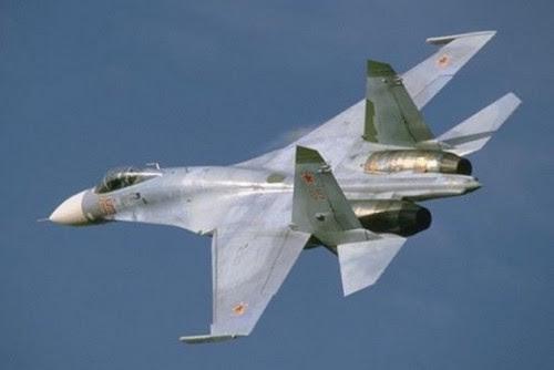 ρωσικό-κατασκοπευτικό-πέρασε-30-μέτρα-από-μαχητικό-των-ΗΠΑ