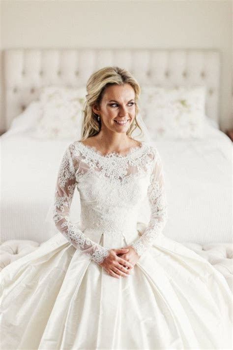 Elizabeth De Varga Kayla Wedding Dress   A love for lace
