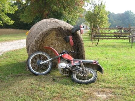 Alternative Uses For Round Bales Ohio Ag Net Ohios Country Journal