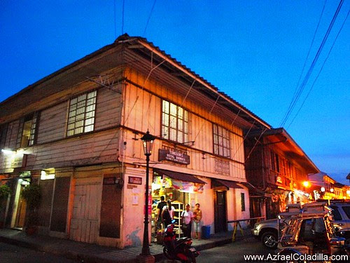 Plaza Burgos in Vigan - photos by Azrael Coladilla
