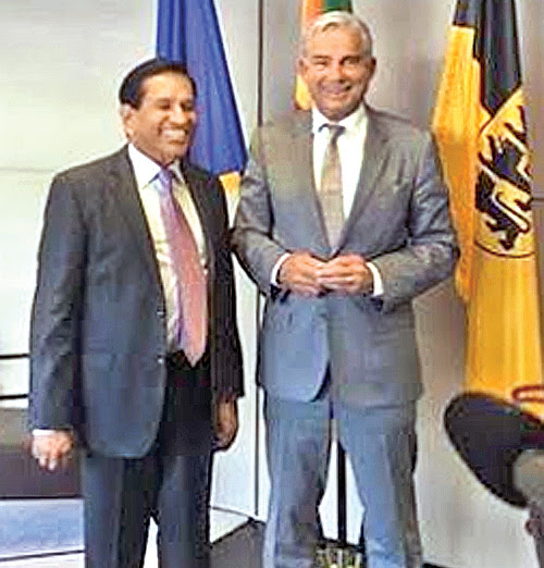 Health Minister with German Minister of Interior, Digitalisation and Migration for Badn-Wurttemberg Province.