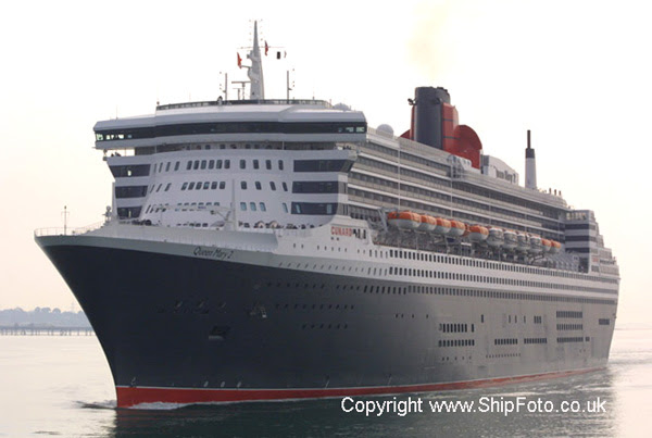 Image result for queen mary 2 vs queen mary