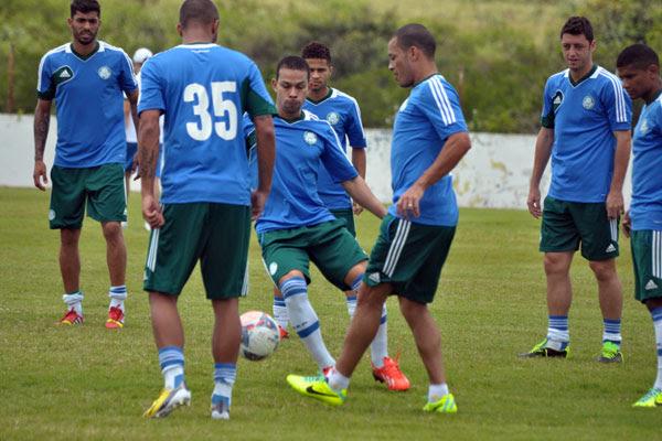 Wendell está confirmado no Palmeiras, que com problemas pode reforçar a marcação no meio
