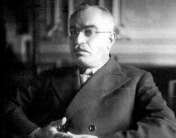 میر جعفر باقروف، دبیر اول حزب کمونیست آذربایجان شوروی (1933-1953) و مسئول کل تاسیس فرقه دمکرات و اعلان خود مختاری آذربایجان ایران
