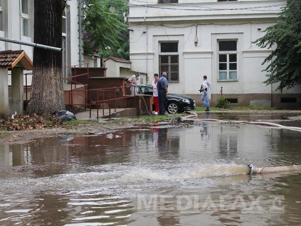 COD PORTOCALIU de inundatii în Timis, Caras-Severin si Mehedinti