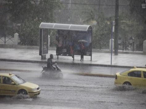 Καιρός: Βροχές και καταιγίδες την Παρασκευή - Αναλυτική πρόγνωση