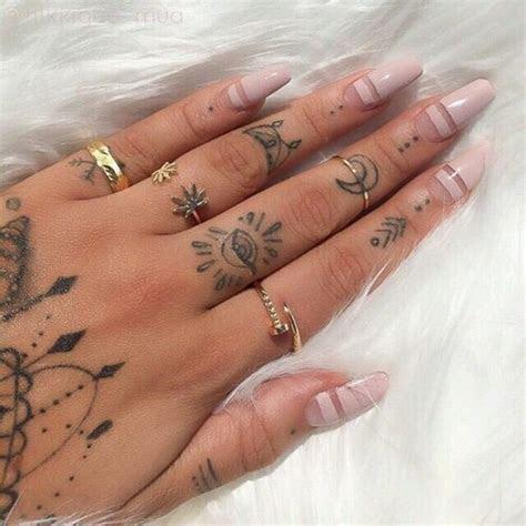 imaginative finger tattoos unashamed tattoo