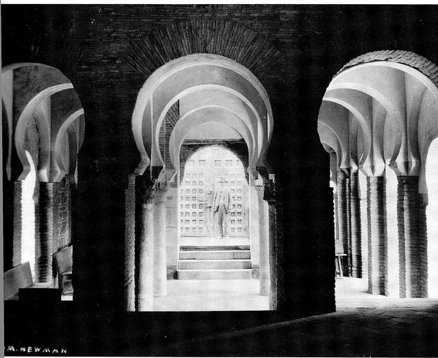 Mezquita del Cristo de la Luz (Toledo), Foto E. M. Newman hacia 1915