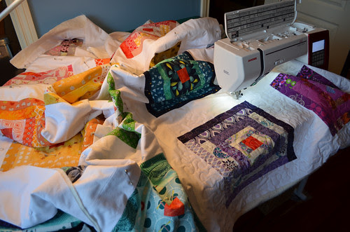 Quilting the ROYGBIV quilt