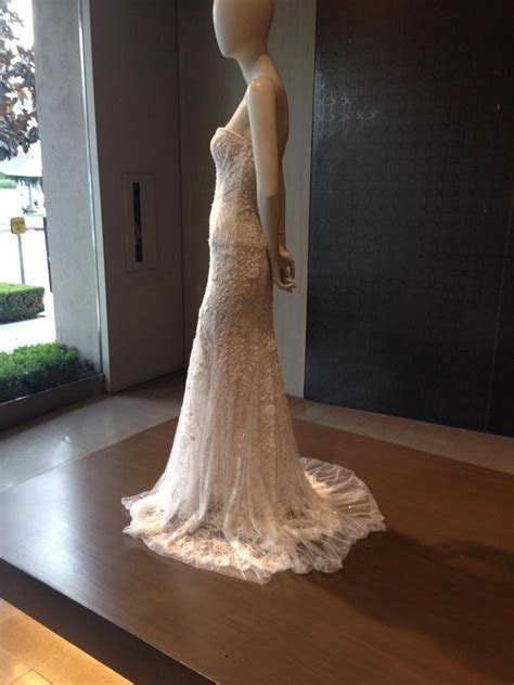 Monique Lhuillier Gwyneth Wedding Dress   Tradesy Weddings