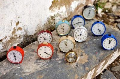 O plano do Governo passa o horário de trabalho semanal para as 50 horas de forma gratuita.