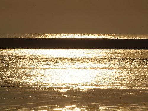 Sombras no mar by MauFeitio