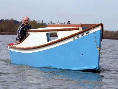 Small Cabin Boat http://www.duckworksmagazine.com/04/s/columns/ahoy
