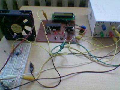 PIC16F877 LM741 Hệ thống kiểm soát nhiệt độ chỉ định