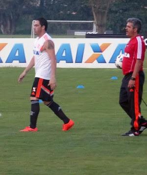 Chicão no treino do Flamengo (Foto: Thiago Benevenutte)