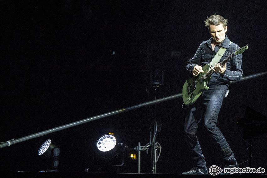 Muse (live in Hamburg, 2016)